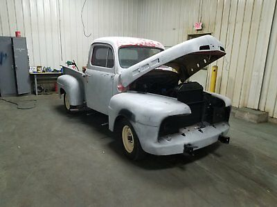 1952 Ford F-100  vehicles