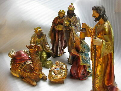 7x Piece Hand painted Nativity Sets the Scene for Christmas Beautiful gift idea+