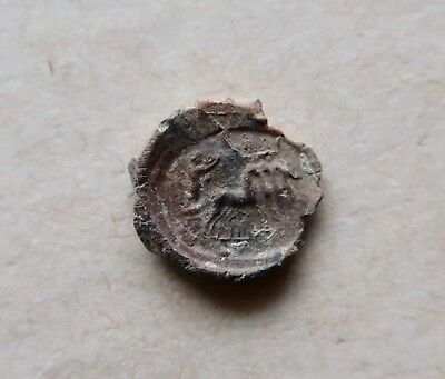 Rare roman lead seal. A quadruple driven by a charioteer. A marvelous piece!