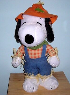 New ~ Snoopy Thanksgiving Scarecrow Plush Doll Porch Door Greeter Fall Harvest