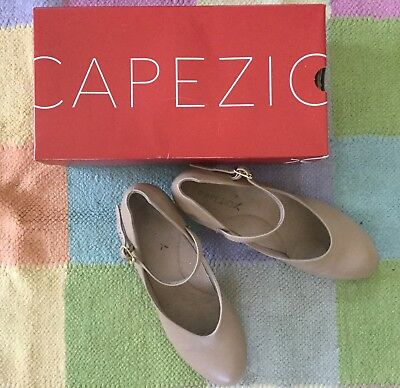Capezio Dance Shoes Taupe Womens Size 8.5