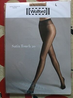 8e7ee90c7 WOLFORD - SATIN Touch 20 Gloss Tights - Black - S