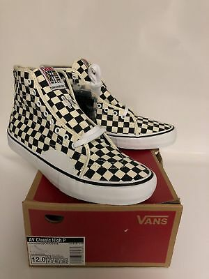 VANS AV CLASSIC High Pro Shoe Checkerboard(Black and White) - Men s ... e9c4a2aab
