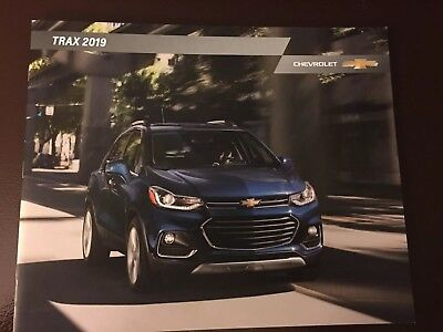 2019 CHEVY TRAX 24-page Original Sales Brochure