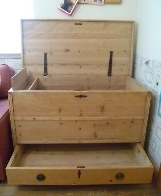 Large 4' Antique Pine Mule Chest Blanket Box Rustic Dress Up Toy Storage Coffer