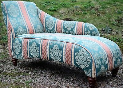 Chaise Longue-Furniture-Victorian Antique Style-Patterned Fabric-Wood Feet-Chair