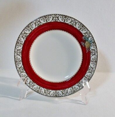 """Wedgwood SARAH'S GARDEN CHRISTMAS RED 7-1/8"""" Bread Plate(s) EXCELLENT"""