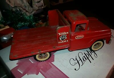 Vintage Original Tonka 1960s Farms Red Stake Truck Pressed Steel Toy Vehicle