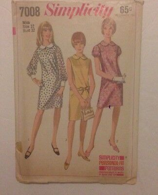 1960's Vintage Sewing Patterns from Simplicity Misses Ladies Dress Style 7008