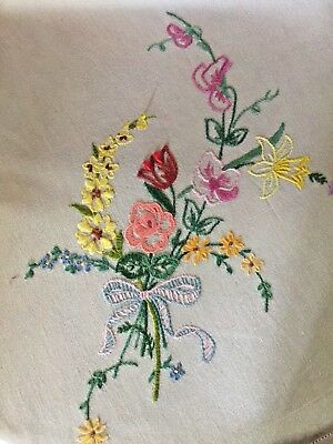 VINTAGE FLORAL HAND-EMBROIDERED  WHITE TABLECLOTH c 1950