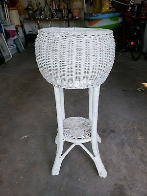 "Vintage White Wicker 30"" Tall Stand Planter Garden Cottage Chic"