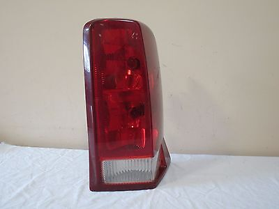 02-06 Cadillac Escalade Outer QTR MTD Tail Light Right PASSENGER OEM GM 15079079