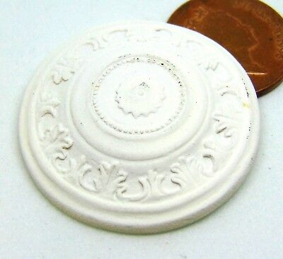 1:12th Scale White Patterned Ceiling Rose Doll House Miniature Accessory