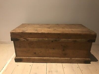 Antique Vintage Shabby Pine Chest Trunk Coffee Table