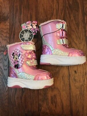 NEW Toddler Girls Minnie Mouse Winter Boots Pink Size 7
