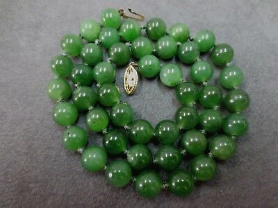 """14k Natural Nephrite Jade Round Bead Necklace / 8 mm 17.5"""" Vintage Hand Knotted"""