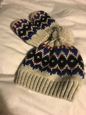 Marks And Spencer Baby Boy Blue Cream Bobble Hat And Mittens 3-6 Months BNWT