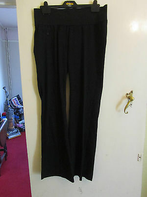 0657a9ae53308 Liz Lange for Target Black Under Bump Maternity Trousers in Size 8 - L32