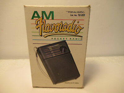 AM Pocket Transistor Radio Vintage Radio Shack Black Flavoradio Works ! W/Box