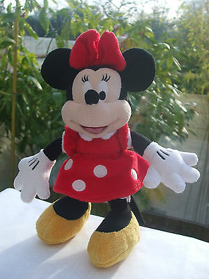 b549a51fa0cb0 Peluche Doudou Souris 25 Cm Mickey Mouse Minnie Robe Rouge Disneyland Resort