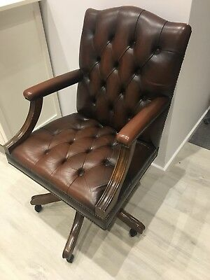 Vintage reproduction leather Chesterfield club office desk swivel chair