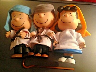 Peanuts Christmas Toy Nativity Pageant LINUS LUCY CHARLIE BROWN Figurine doll