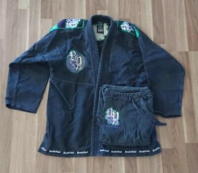 BJJ gi. Black Breakpoint uniform A2. Good condition. Ripstop collar and pants.