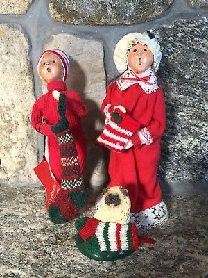 Byers' Choice Carolers: Children and Dog with Stockings (2000 and 1986)