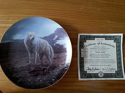 """Bradford Exchange """"Tundra Song"""" Winter Guardians collector plate"""