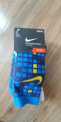 Nike Youth 3 Pair Crew Socks Youth Small size fits shoe size 3Y-5Y multi-color