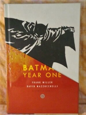 BATMAN : YEAR ONE by Miller & Mazzucchelli  (2005,Hardcover, Deluxe) Trade Comic