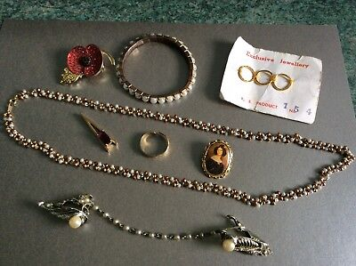 SMALL JOB LOT OF OLD VINTAGE JEWELLERY (8 items)