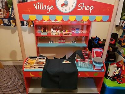 Childrens role play shop