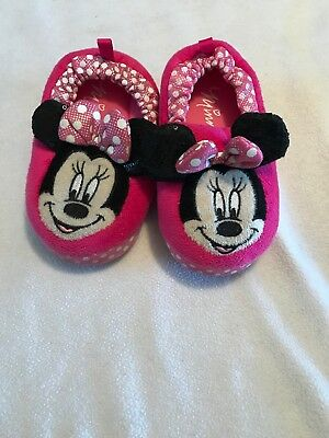 Toddler Girls Minnie Mouse Slippers Size L (9/10)