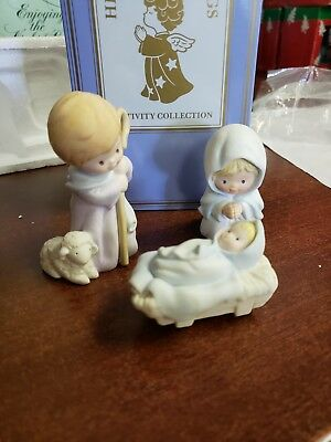 Vintage Avon Heavenly Blessings Nativity Collection Porcelain  The Holy Family