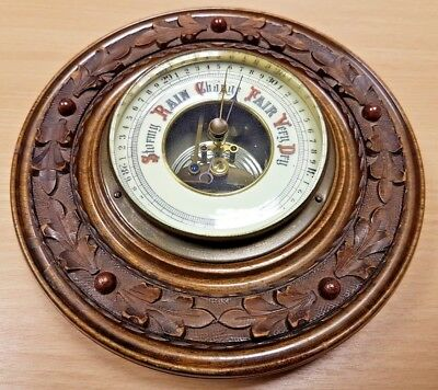 "Vintage Barometer with attractive carved surround (8"" / 20cm)"