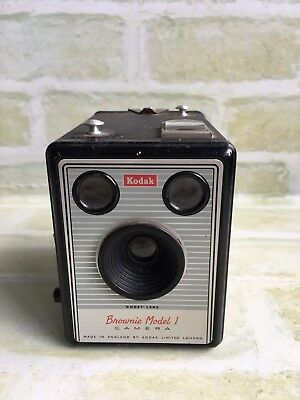 Original Vintage KODAK BROWNIE MODEL I - Film Camera - MADE IN ENGLAND