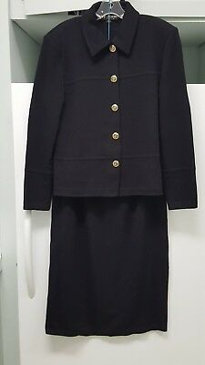 ST. JOHN  Size 12/14 Large Black stretch Santana Knit 2-piece Suit