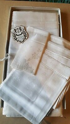 """Vintage Pearl White Tablecloth  Garland Rose Damask  60"""" X 102"""" With Napkins."""