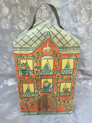 Madeline Dollhouse Carrying Case - 4 Dolls -- Acc.