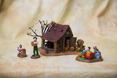 Dept 56 It's Almost Thanksgiving Snow Village Christmas Holiday vintage