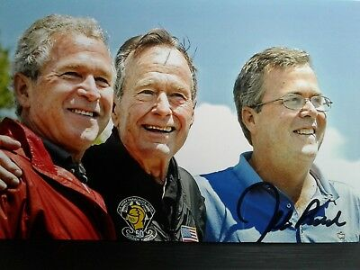 Jeb Bush Authentic Hand Signed 4X6 Photo  Dad & Brother President George Bush