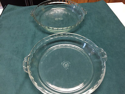 """Vintage Lot of Two (2) Clear Pyrex 9.5"""" Fluted Edge Pie Plates Item #229"""