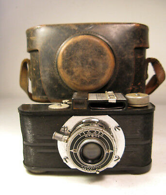Argus A2F 35mm Camera 1939-1941 w/ Original Case (Parts, AS IS)