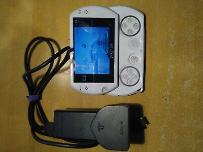 PSPGo 16GB White with 7 games and charger