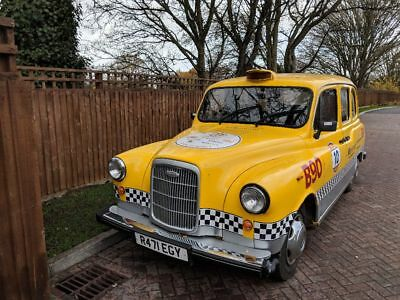 Carbodies Fairway London Taxi For Sale