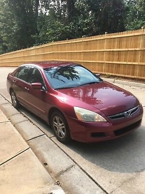 2006 Honda Accord  2006 Honda Accord SE 2.4L, Auto, Cruise, One Owner & in Pristine Condition