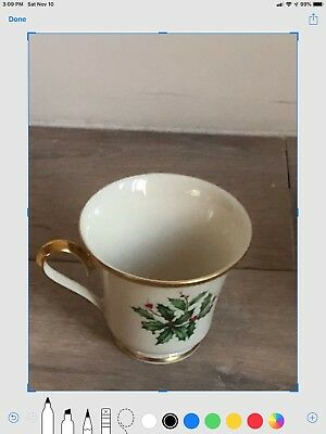 """lenox holiday Bone China Coffee/tea Cups """" Holly berry"""" 24 K Gold Accent"""