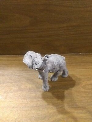 The Herd Elephant Fingurine By Marty Sculpture / Beau!