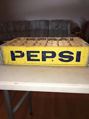 Vintage 24 Slot Pepsi Cola Soda Pop Crate